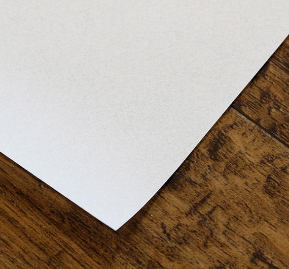 薄くて軽い水拭きが可能な障子紙