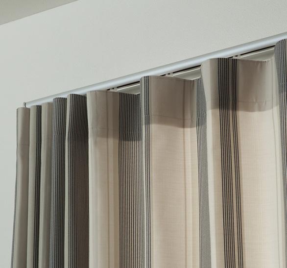 静音設計のカーテンレール