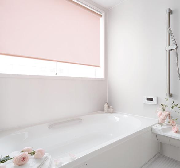 天井付けで浴室を明るく