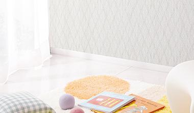 壁紙を貼り替える時に巾木も貼り替えよう