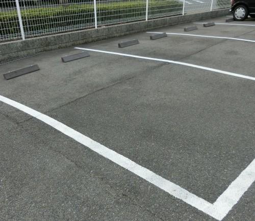 駐車場after